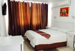 The Royal Ushaka Hotel