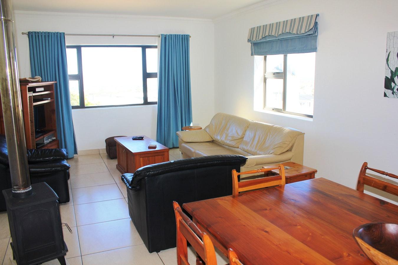 Dining area and indoor braai