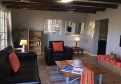 Apartment D - Queen Bed