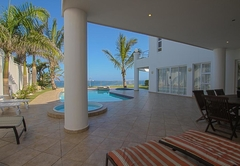 Ground Floor Apartment with Sea View