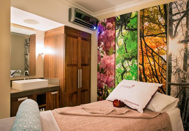 Spa Massage Bed