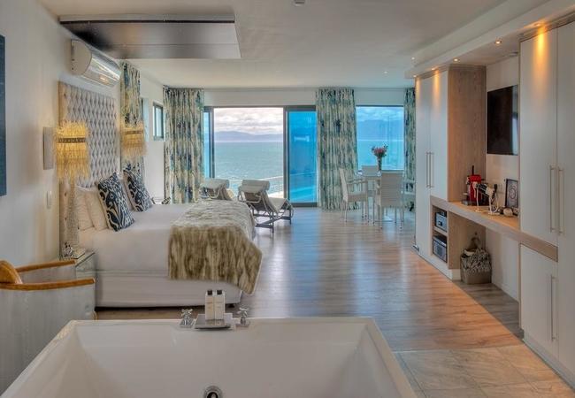 Sea Facing Penthouse Suite
