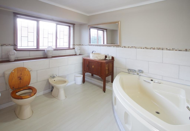 Two Bedroom Self Catering Unit no8