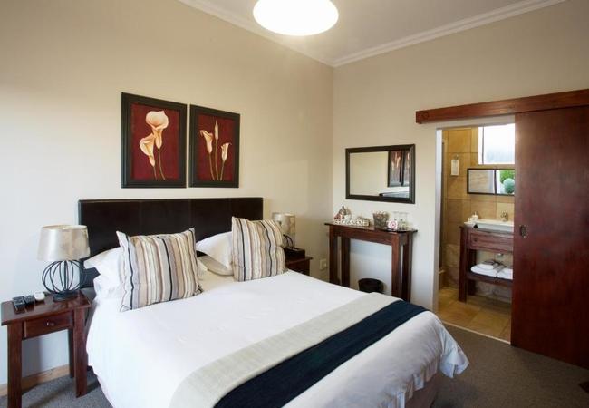 Standard En-Suite Courtyard No 1