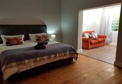 Settler Cottage Apartments