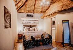 Shakawe Mountain View Lodge