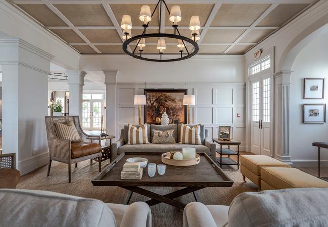 Manor House Lounge