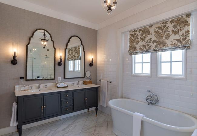 Manor House Suite Bathroom