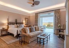 Long Lee Manor Suite