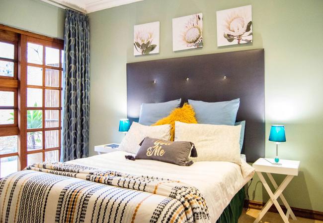 Manor Standard overnight bedroom