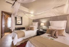 Luxury Suite - Twin