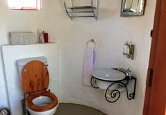 Hornbill Bush bathroom