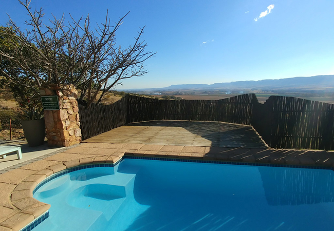 Sunset Lodge pool