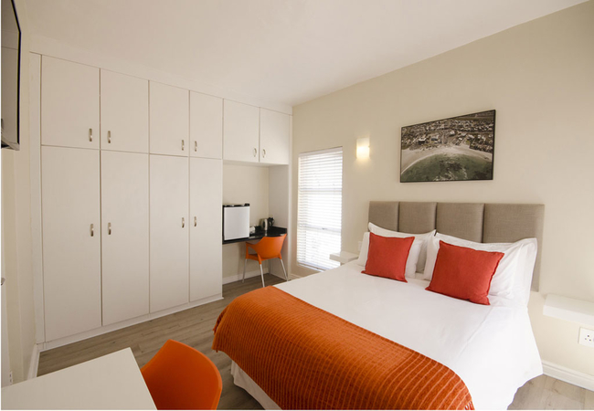 Self Catering Room - kitchenette