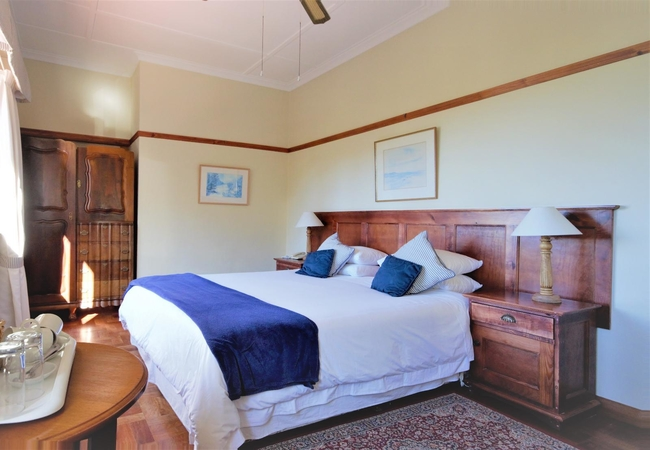 Oyster Standard Sea-view Room
