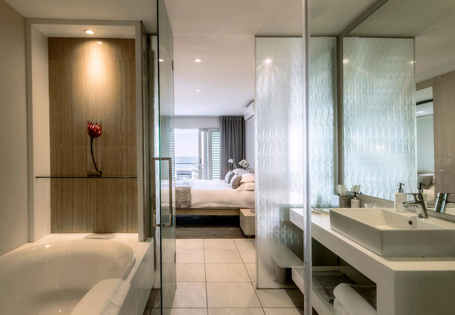 Terrace Pool Suite Plus