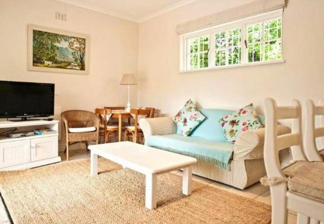 Cottage 1 Living Room