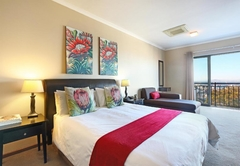 Protea 3 Bedroom Apartment