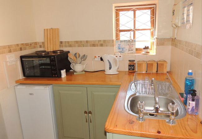 SEMI EQUIPPED KITCHEN