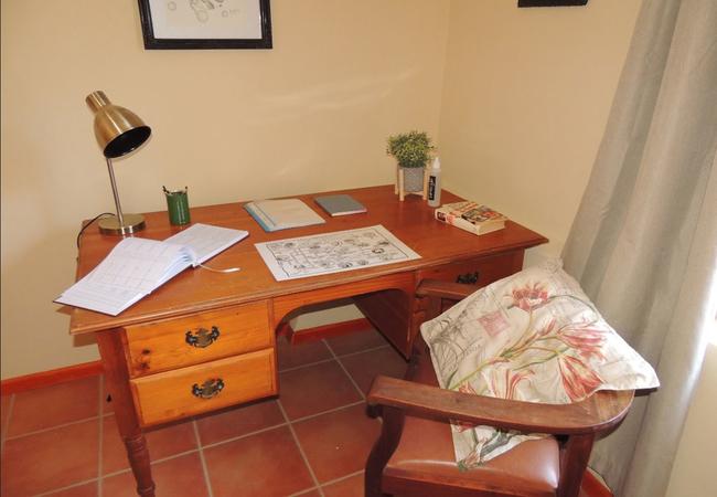 Desk to do some business