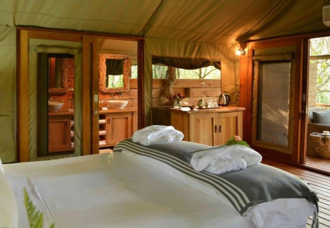 Stream Tented King Suites
