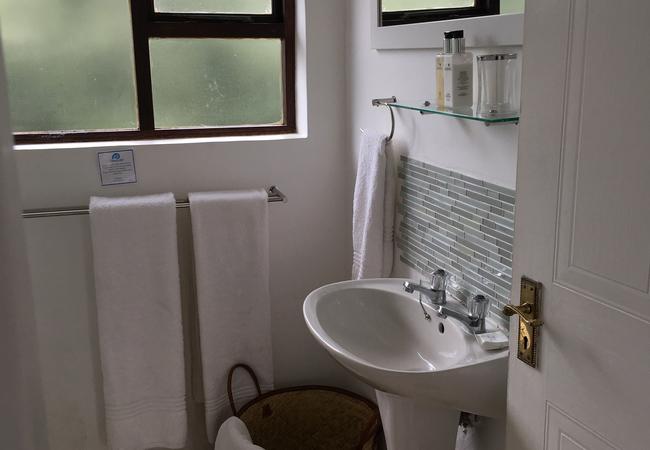 Flat No 4 Studio Unit Upstairs
