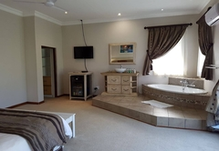 Summerset Place Country House