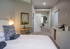 Room 5 - Standard Double