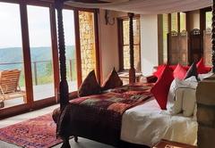 Tamodi Lodge and Stables