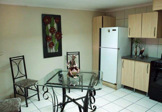 S/C Rooms Kitchen