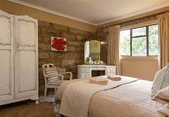 Thamela Cottage