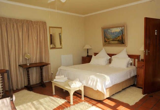 Large Double Room with Balcony and Sea view