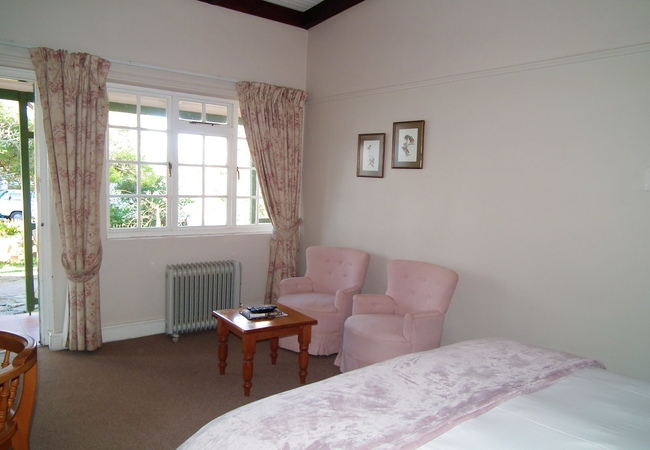 Room 3 - Queen Room