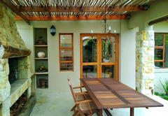 Theebos Self-Catering Apartment
