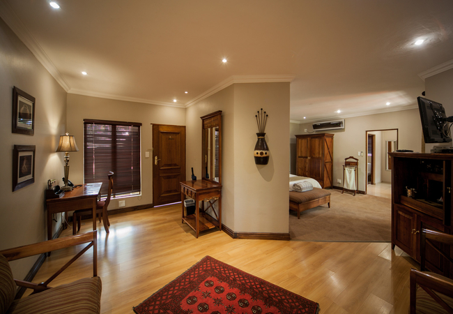 Luxury Rose Room
