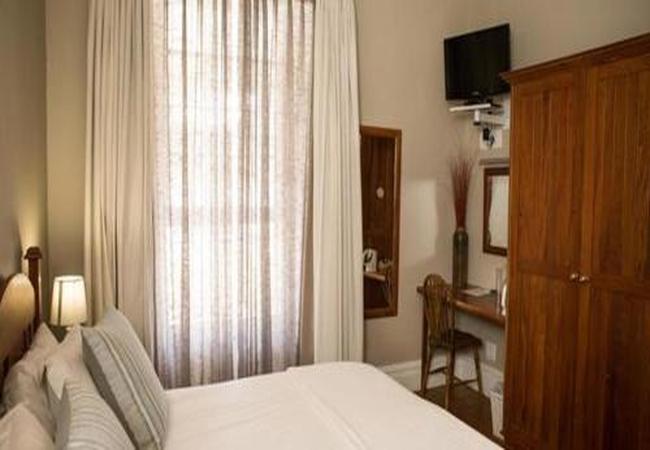 Room 3 King/Twin Room