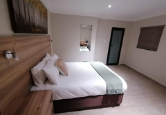 Double Room 9