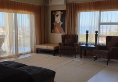 19. Honeymoon Suite with Sea View