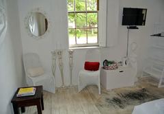 The Ibis Lounge