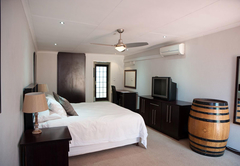 The Lazy Grape Guest Lodge & Spa