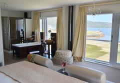 Exclusive Lagoon Rooms