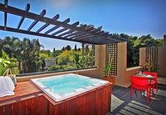 Luxury Suite with Private Jacuzzi
