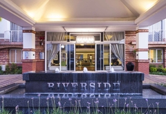 The Riverside Hotel & Spa