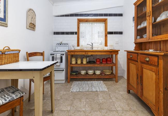 Sixpence Cottage