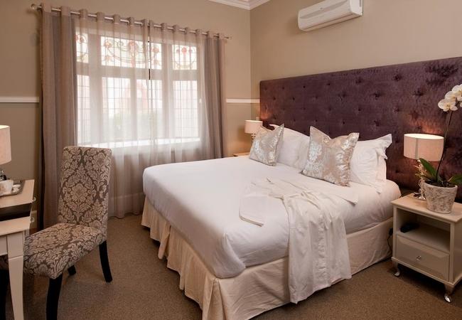 Luxury Room (Shower)