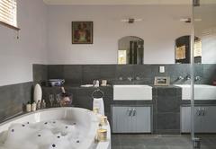 Saronsberg Suite
