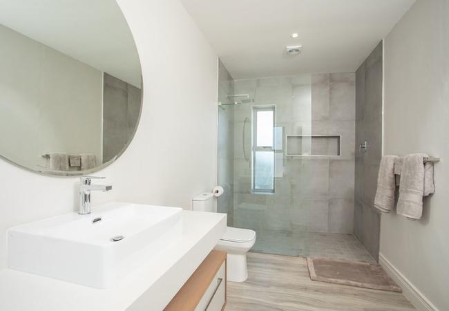 The View Bathroom 5