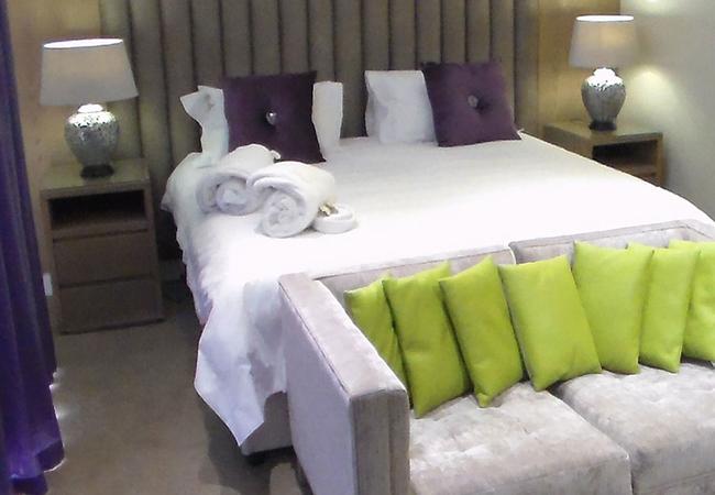 Purpureum Suite