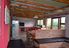 The Woodpeckers Shack