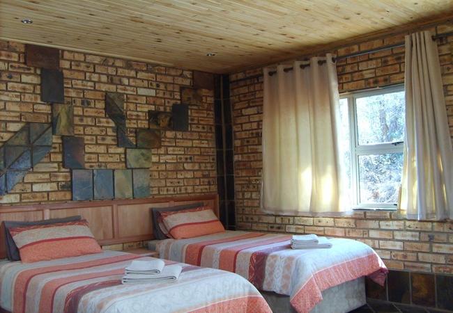 Studio - twin beds option